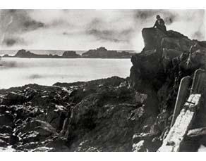 """Charles Hugo, Victor Hugo à Jersey sur le rocher dit """"des proscrits"""" (1853)"""