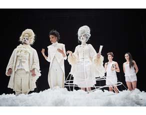 Mise en scène de L'Ile des esclaves de Marivaux par Jacques Vincey (2011)