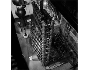 Robert Doisneau, Laboratoire d'Ivry (1942)