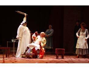 Le Malade imaginaire, mise en scène de Georges Werler, Théâtre de la Porte Saint-Martin, 2008.